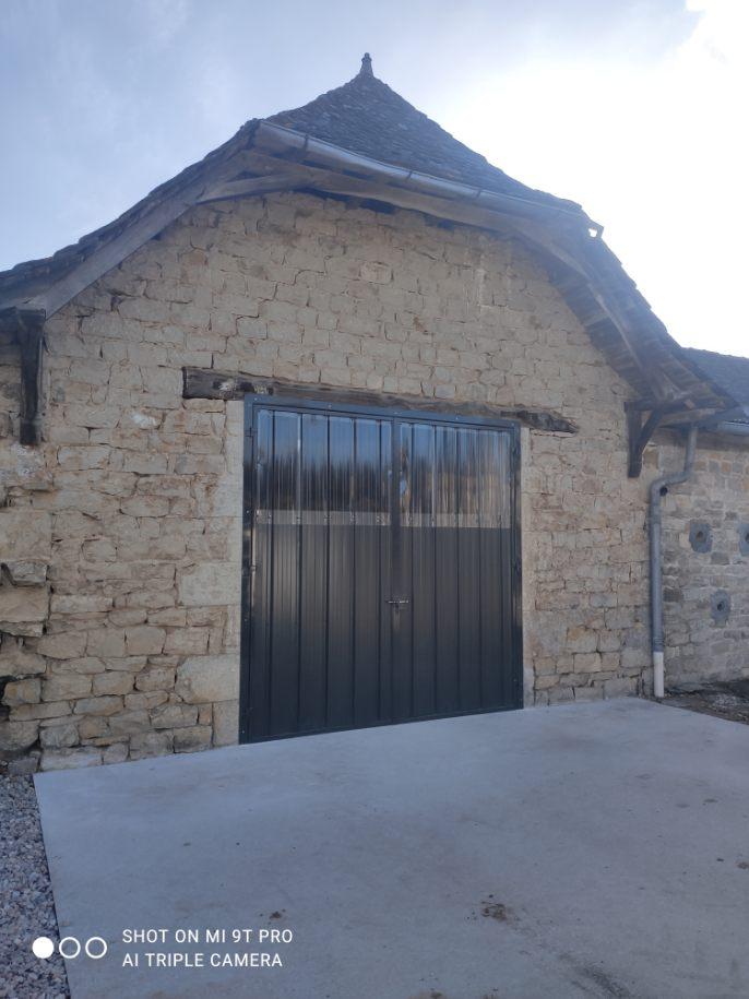 Portail bâtiment agricole